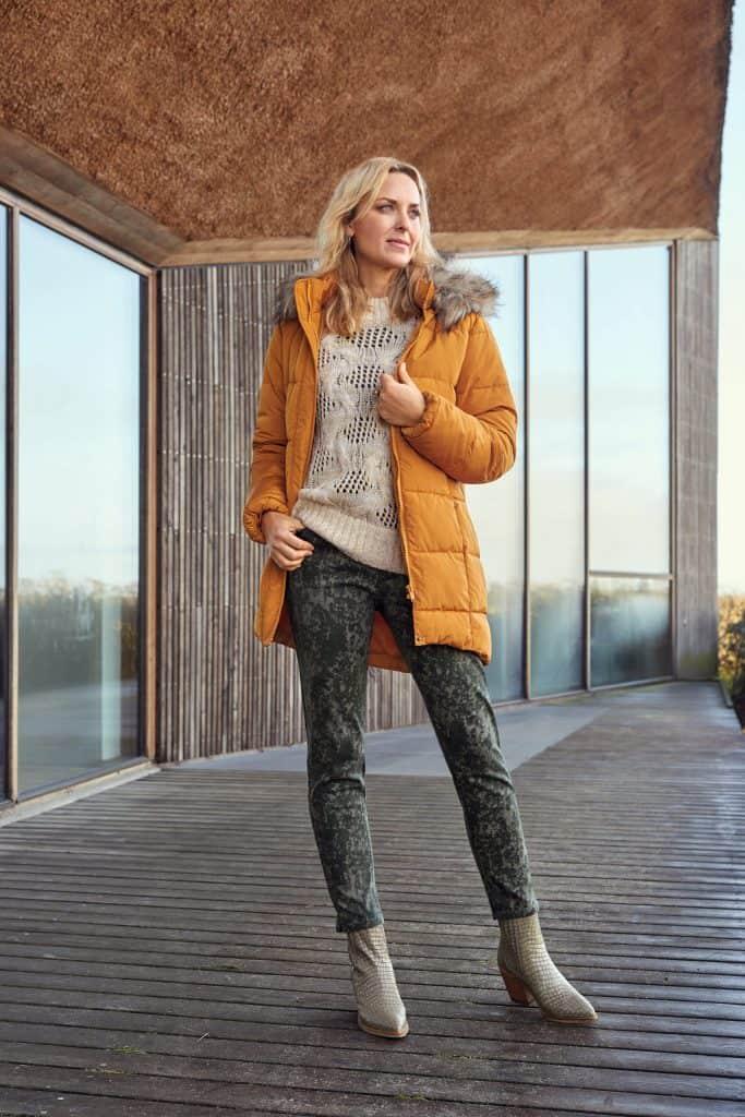 parka-coat-211841-pullover-212286-pants-212228